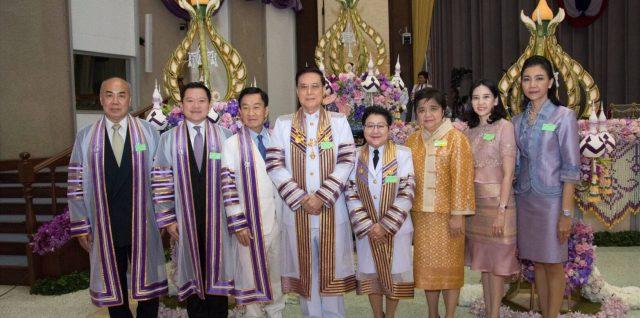 ศาสตราจารย์ไชยยศ เหมะรัชตะ นายกสภา มทร.พระนคร เข้าร่วมงานรับพระราชทานปริญญาบัตร ครั้งที่ 31 ปีการศึกษา 2559